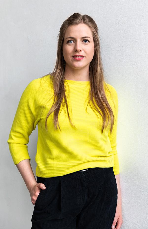 Portrait von Lena